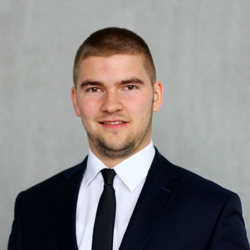 Handlowiec - Filip Myczkowski