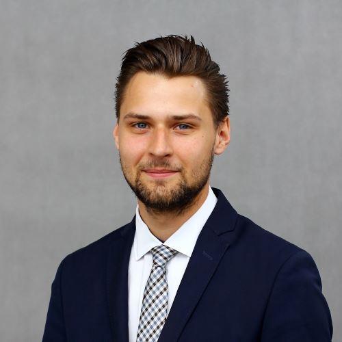 Handlowiec - Mateusz Chadrjan