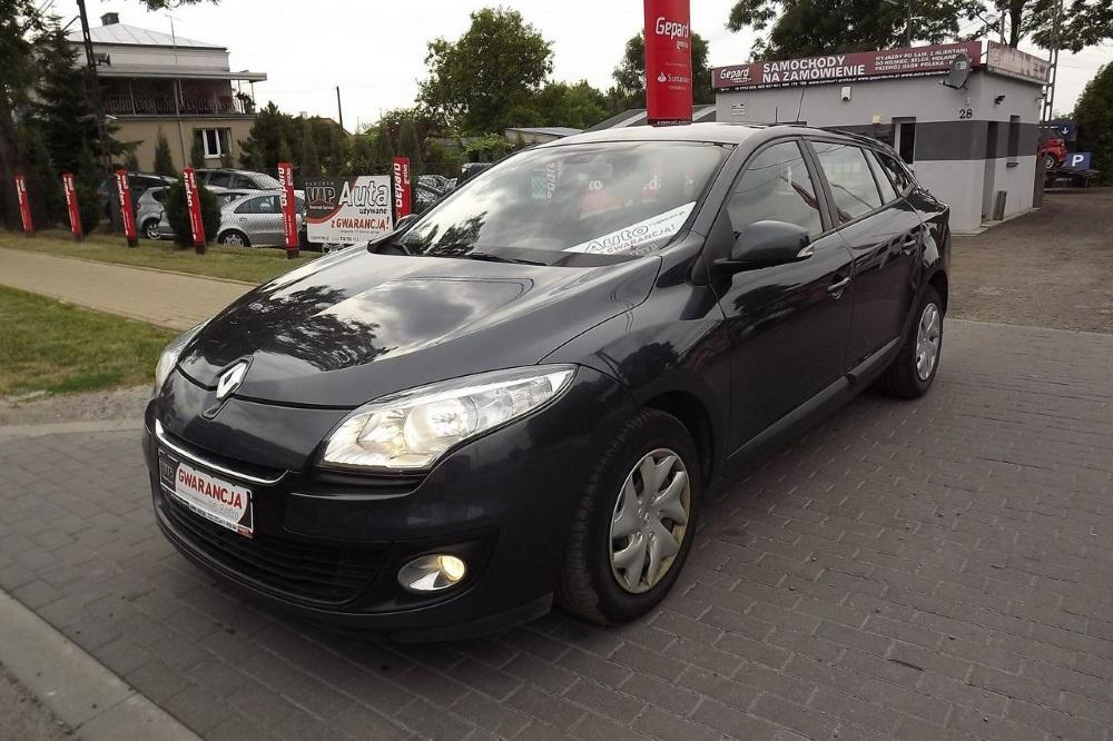 Renault Megane III Kombi 5-osobowy - Wypożyczalnia Euro Car Janów Lubelski, Wynajem
