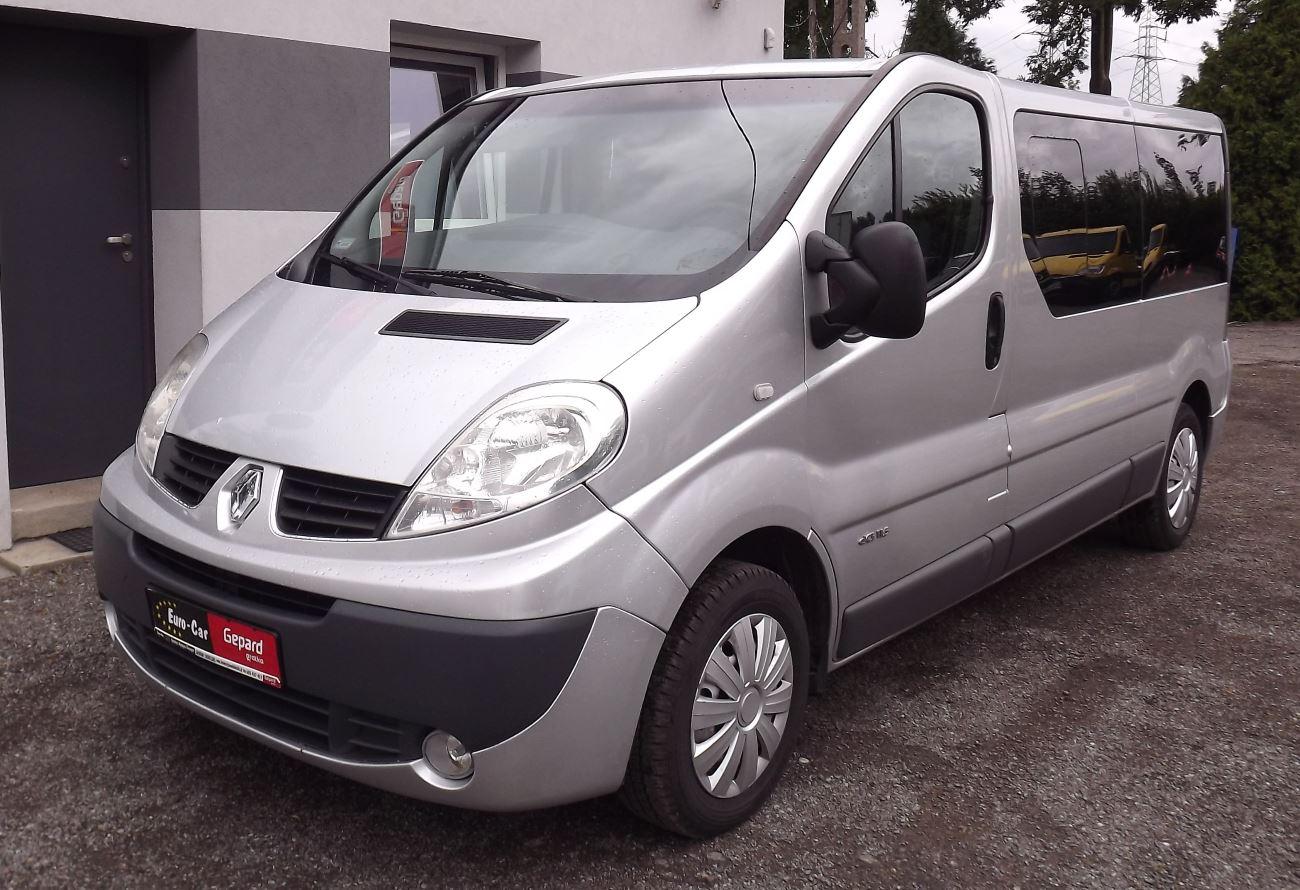 Renault Trafic II Bus 9-osobowy - Wypożyczalnia Euro Car Janów Lubelski, Wynajem